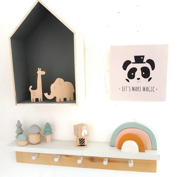"""magic panda"" תמונת קיר מאוירת"