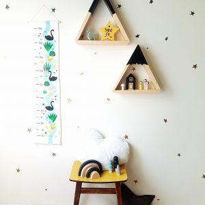 מד גובה לילדים בעיצוב ברבור