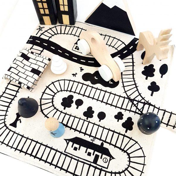 שטיחון משחק רכבות To Go