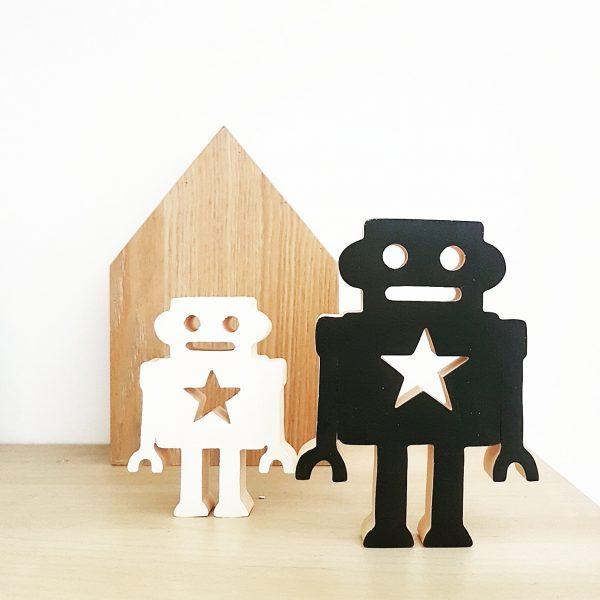 סט רובוטים מעץ אורן