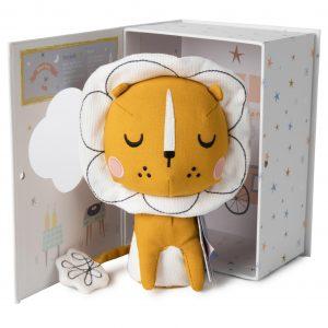 אריה בתוך קופסת מתנה - Picca LouLou