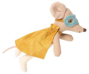 עכבר סופר גיבור במזוודה