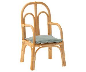 כסא ראטאן לבובות