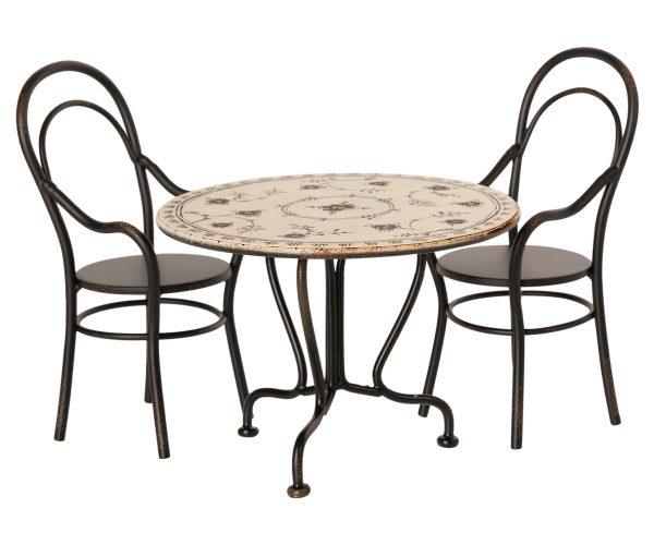 סט שולחן ושתי כיסאות