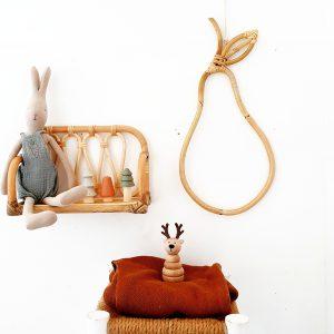 אגס מעץ במבוק קלוע לתליה ועיצוב