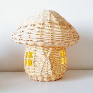 מנורת נצרים בצורת פיטריה