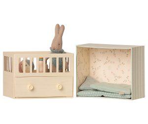 ארנבון בחדר תינוקות